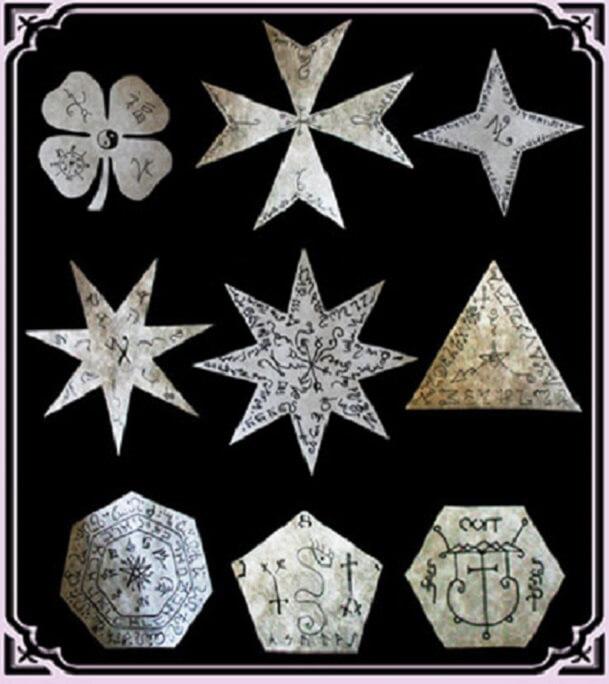 Izabael Dajinn Magic Talismans